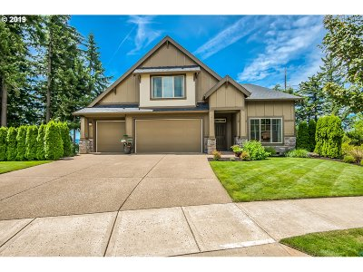 Clackamas County Single Family Home For Sale: 10747 SE Turnberry Loop