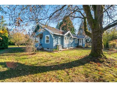 Monmouth Single Family Home For Sale: 10100 Hoffman Rd