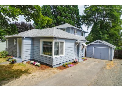 Forest Grove Single Family Home For Sale: 2225 C St