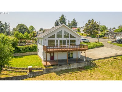 Coos Bay Single Family Home For Sale: 93691 Bay Park Ln
