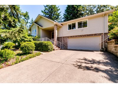 Eugene Single Family Home For Sale: 2627 Moon Mountain Dr