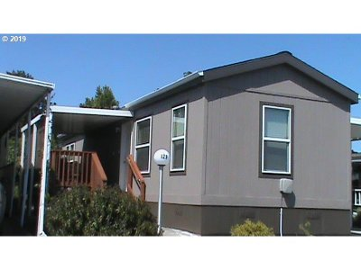 Newberg, Dundee, Lafayette Single Family Home For Sale: 2901 E 2nd St #129