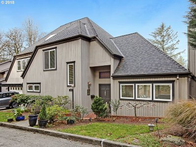 Single Family Home For Sale: 2101 SW Mount Hood Ln