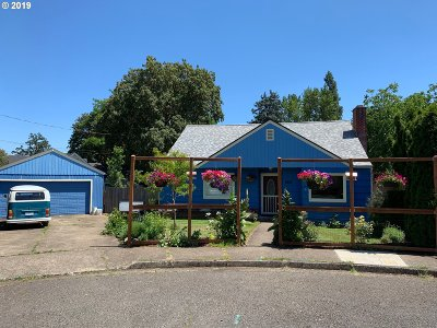 Cottage Grove Single Family Home For Sale: 280 S M St