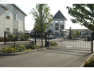 Portland Condo/Townhouse For Sale: 15052 NW Central Dr