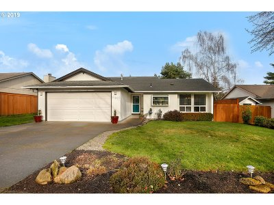Beaverton Single Family Home For Sale: 11865 SW Burnett Ln