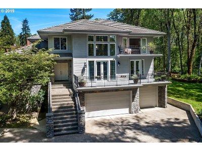 Lake Oswego Single Family Home For Sale: 14480 Kruse Oaks Blvd