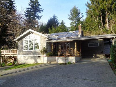 Coos Bay Single Family Home For Sale: 91003 Oxford Ln