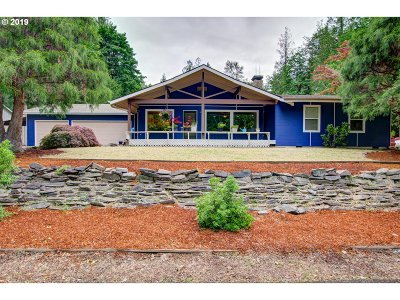 Welches Single Family Home For Sale: 68845 E Fairway Ave