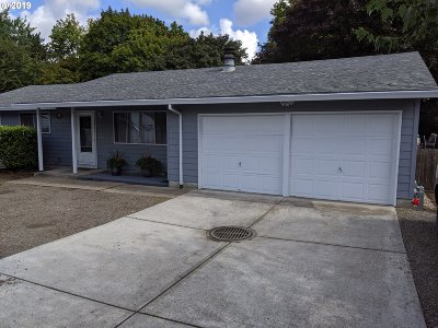 Beaverton Single Family Home For Sale: 4690 SW 170th Ave