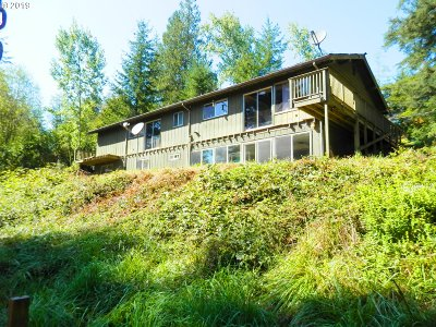 Coos Bay Single Family Home For Sale: 94751 Coos-Sumner Ln