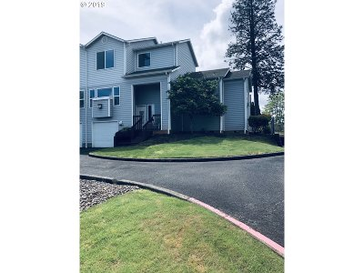 Salem Condo/Townhouse For Sale: 1464 Madelyn Ave