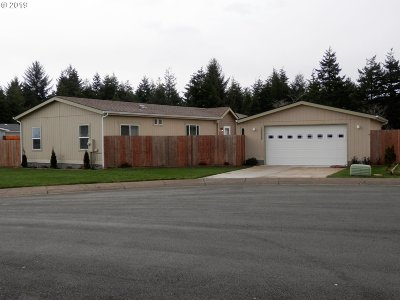 Coos Bay Single Family Home For Sale: 63395 Nathan Dr