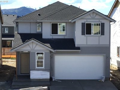 Forest Grove Single Family Home For Sale: 3446 Ash St