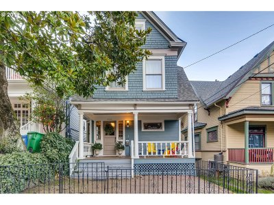 Single Family Home For Sale: 2349 NW Hoyt St