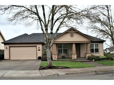 Springfield Single Family Home For Sale: 2298 37th St