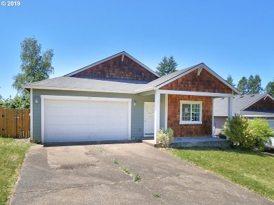 Estacada OR Single Family Home Pending: $285,000