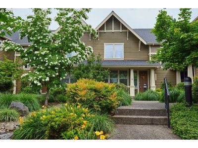 Beaverton Condo/Townhouse For Sale: 11615 SW Longspur Ter