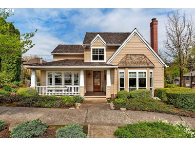 Portland Single Family Home For Sale: 10209 NW Engleman St