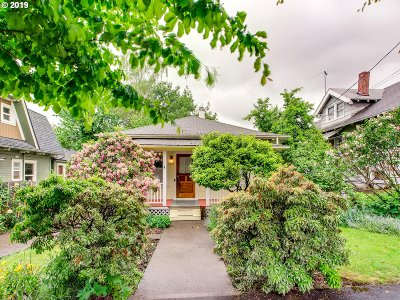 Portland Single Family Home For Sale: 3430 SE 10th Ave