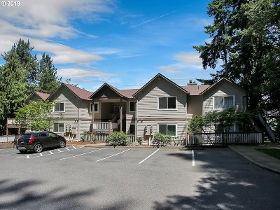 West Linn Condo/Townhouse For Sale: 20130 Larkspur Ln #92
