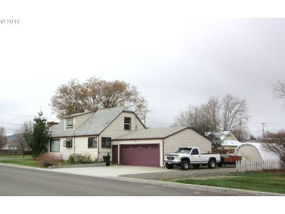 Baker County Single Family Home For Sale: 2975 5th St