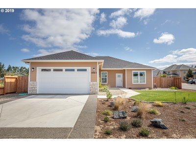 North Bend Single Family Home For Sale: 1867 Cabezon Ct