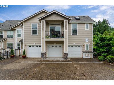 West Linn Single Family Home For Sale: 3365 Summerlinn Dr