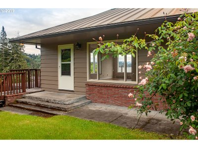 North Bend Single Family Home For Sale: 66612 Oriole Rd