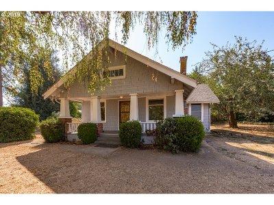 Portland Single Family Home For Sale: 10640 NE Beech St