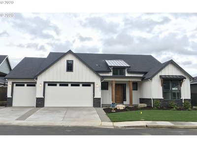 Camas Single Family Home For Sale: 3335 NW Tanner St