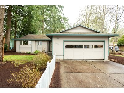 Portland Single Family Home For Sale: 5226 SW Taylors Ferry Rd