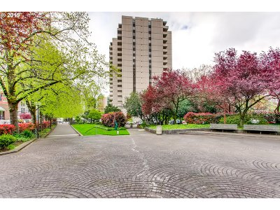 Portland Condo/Townhouse For Sale: 2211 SW 1st Ave #901