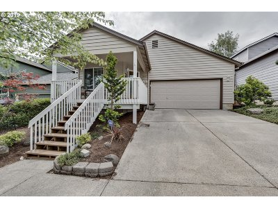 Happy Valley, Clackamas Single Family Home For Sale: 14051 SE Summerfield Loop