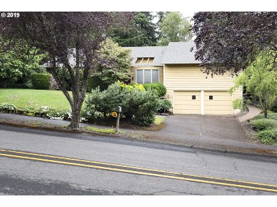 West Linn Single Family Home For Sale: 2340 Pimlico Dr