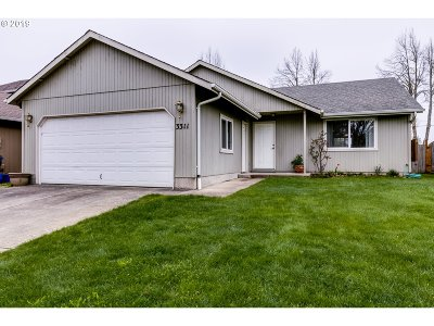Springfield Single Family Home For Sale: 3311 Pinyon St