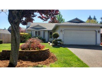 Hillsboro Single Family Home For Sale: 5032 SE 52nd Pl