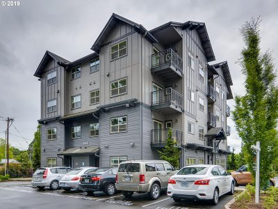 Beaverton Condo/Townhouse For Sale: 13865 SW Meridian St #424
