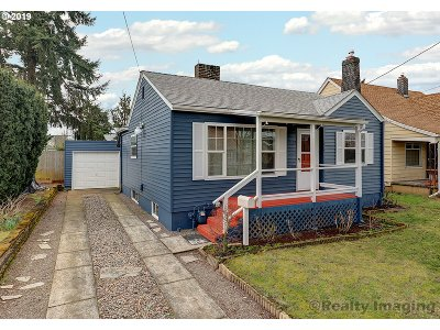 Portland Single Family Home For Sale: 7015 N Concord Ave