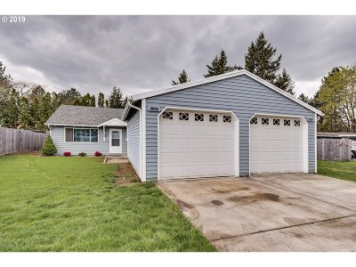 Portland Single Family Home For Sale: 5405 SE 120th Ave