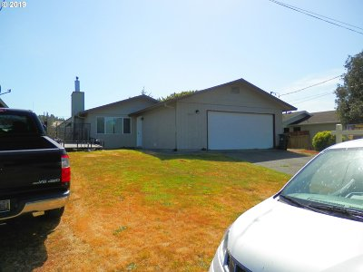 Coos Bay Single Family Home For Sale: 1025 Fenwick