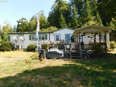 Coos Bay Single Family Home For Sale: 62155 Catching Slough Rd