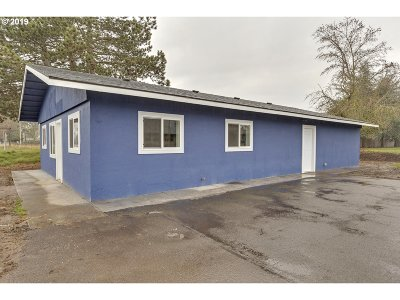 Hillsboro, Cornelius, Forest Grove Commercial For Sale: 802 N Adair St