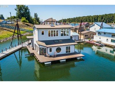 Portland Single Family Home For Sale: 18989 NE Marine Dr #47