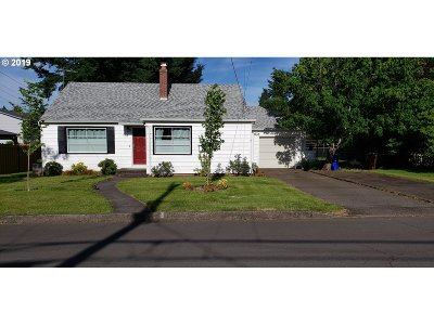 Oregon City Single Family Home For Sale: 114 McCarver Ave