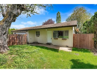 Oregon City OR Single Family Home For Sale: $310,000