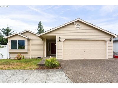 Beaverton Single Family Home For Sale: 54 SW Palatial Pl