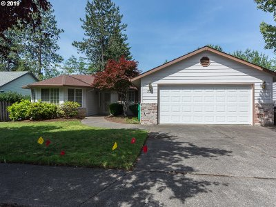 Gresham Single Family Home For Sale: 231 SW Bella Vista Ln