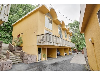 Condo/Townhouse For Sale: 847 SW Broadway Dr #31