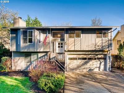 Single Family Home For Sale: 11111 SE Mather Rd